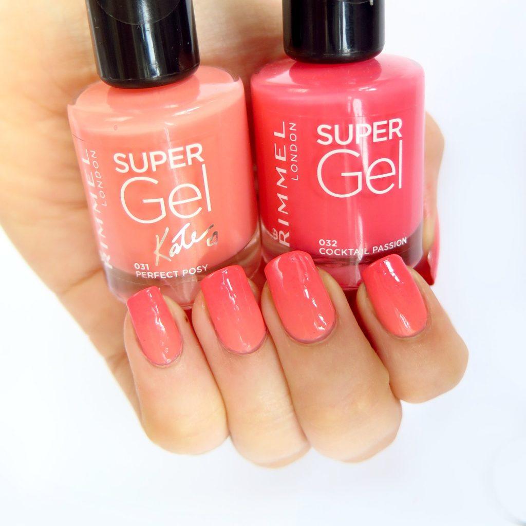 jednokolorowy gradient na paznokciach czerwony koralowy brzoskwiniowy manicure na lato wakacje plażę